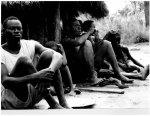 Zehntausende Südsudanesen flohen wie hier 1974-75 wegen des Bürgerkriegs immer wieder nach Äthiopien; Foto Gordian Troeller