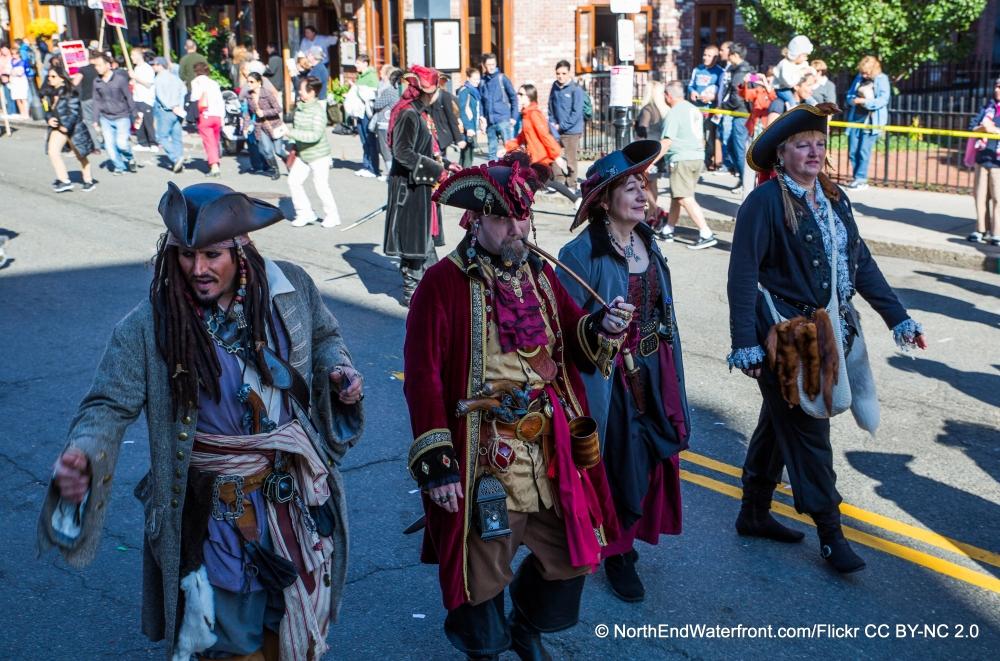 Die Parade für den Kolumbustag in North End 2013 nutzte sogar Kostüme aus dem Film