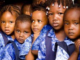 Kinder, die sonst niemanden haben, brauchen unsere Hilfe.  Foto: Claire Ladavicius